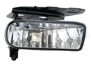 Passenger Side Fog Light Assembly   02 06 Cadillac Escalade