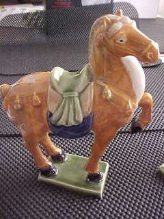 Chinese Tang San 8 1/2 Medium CAI Ceramic Horse Statue Tri Color