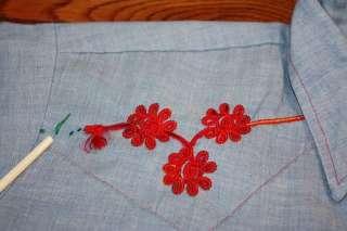 vtg 70s Embroidered Chambray WESTERN pearl snap shirt * COWBOY