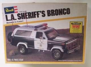 Sheriffs FORD Bronco 4x4 Truck 1:25 Revell Vintage