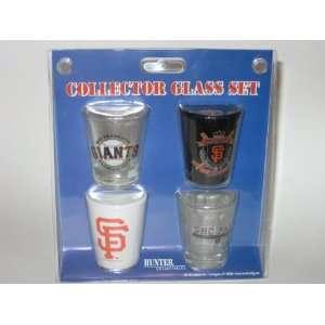 SAN FRANCISCO GIANTS 4 Piece Collector SHOT GLASS SET