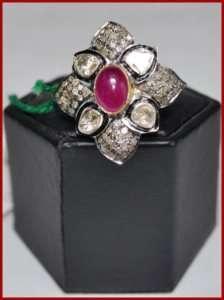 07ctw SINGLE/ANTIQUE CUT DIAMOND & RUBY GOLD RING