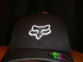 FOX RACING FLEXFIT HAT CAP CAPOREGIME BLACK/WHITE