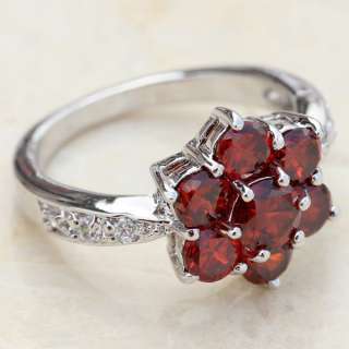 ATTRACTIVE RED GARNET GEMSTONE SILVER RING J337 SIZE8