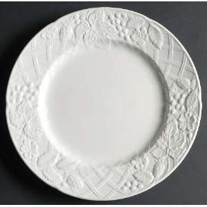 Mikasa English Countryside White Dinner Plate, Fine China Dinnerware