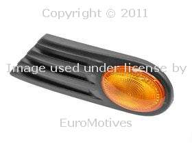 Additional Side Light w/ Yellow Lens LEFT/Driver Front Fender