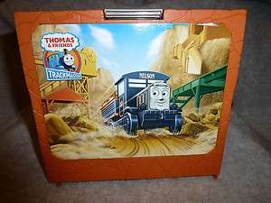 & FRIENDS TRACKMASTER PLAY SET BOX CLOSES AND OPENS FOR TRACK