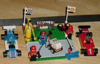 LEGO 2554 SHELL FORMULA 1/INDY RACE CARS WITH PIT AND CREW